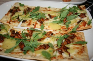 Chanterelle Flatbread Pizza w/Yukon Gold Potatoes, Fontina Cheese, Arugula & Truffle Oil
