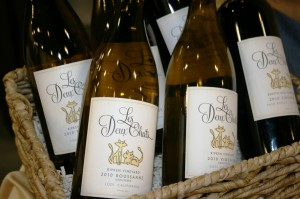 The wonderful whites of Les Deux Chats