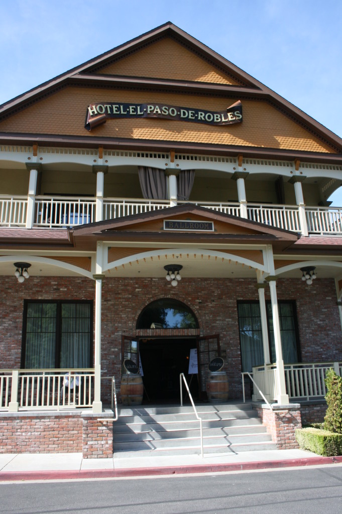 Paso Robles Inn Grand Ballroom